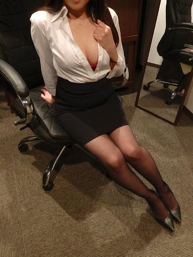まひる 秘書(クラブ秘書)