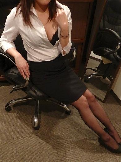 ミレイ 秘書