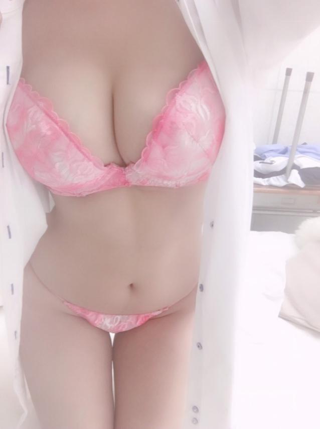 若菜(わかな)Mrs.F 新人