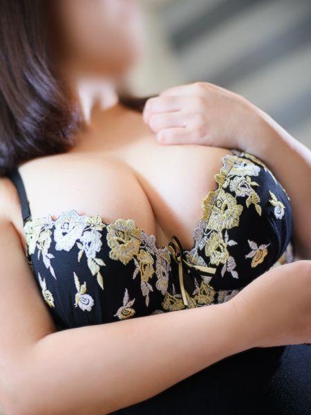 香川県 デリヘル 五十路マダム 愛されたい熟女たち 善通寺店 華山かほ