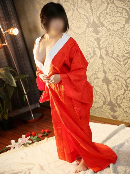 香川県 デリヘル 五十路マダム 愛されたい熟女たち 高松店 大田智子
