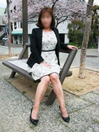 徳島県 デリヘル 熟女図鑑 徳島素人版 由梨絵(ゆりえ)