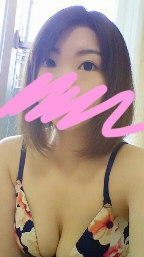 新人 えり(アイドル倶楽部 ももいろ7(セブン))
