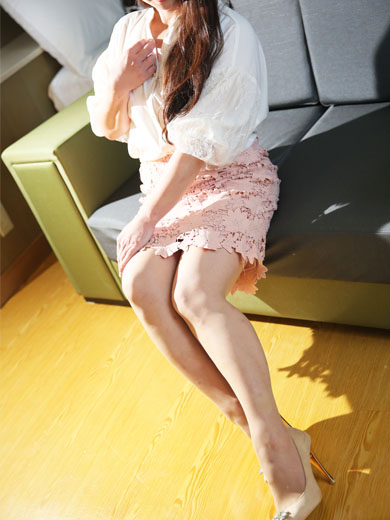 月島 美桜(みお)(濡れやすい妻(ローターで喘ぎまくる妻達))
