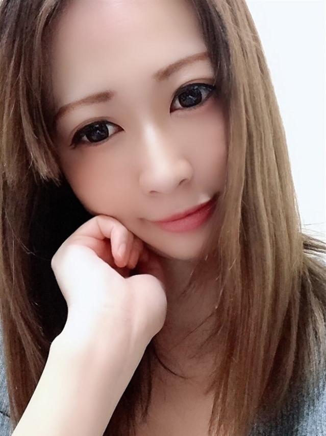 織咲 りこ(ピンクダイア)