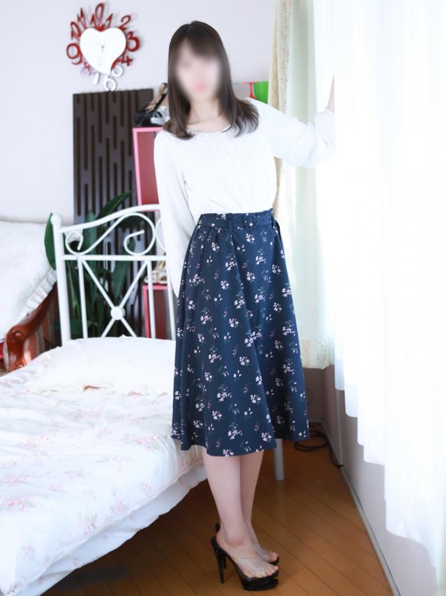 新人 しおり (Shiori)(出張メンズエステ RELAX【DIVAグループ】)