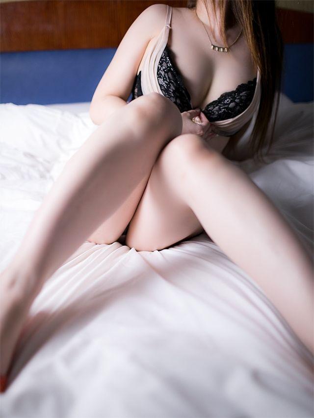 清楚巨乳な美人姫★みなみチャン